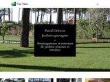 Jardinier paysagiste P. Delcroix, piscine, balnéothérapie et terrasse à Andernos