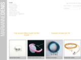 Création et vente en ligne de bijoux fantaisie.